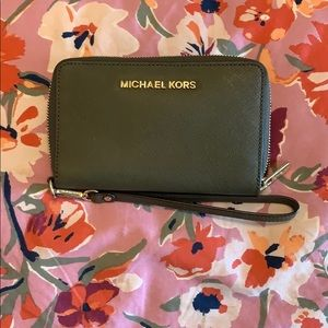 USED ONCE!!!! Olive green MK wallet